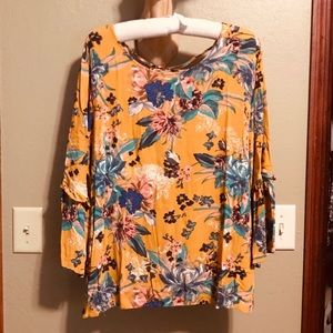 Ava and Viv Floral Bell Sleeve Open Back Blouse